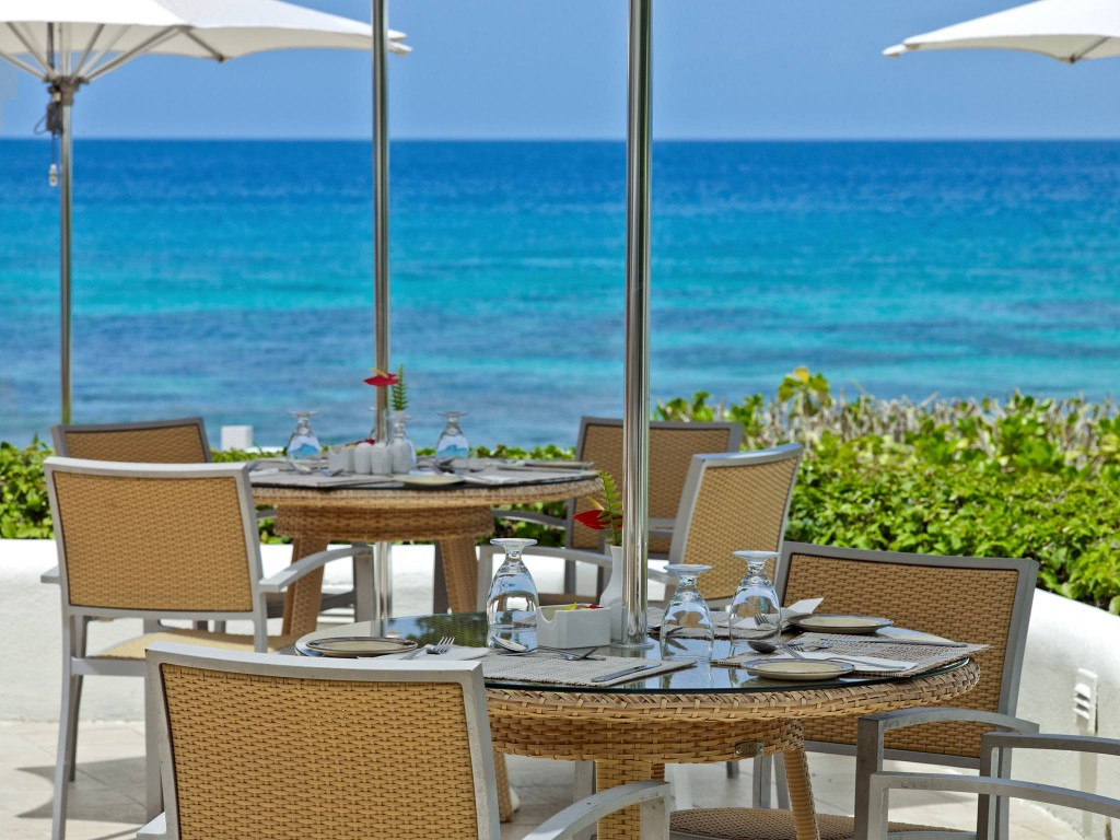 Restaurant beach view