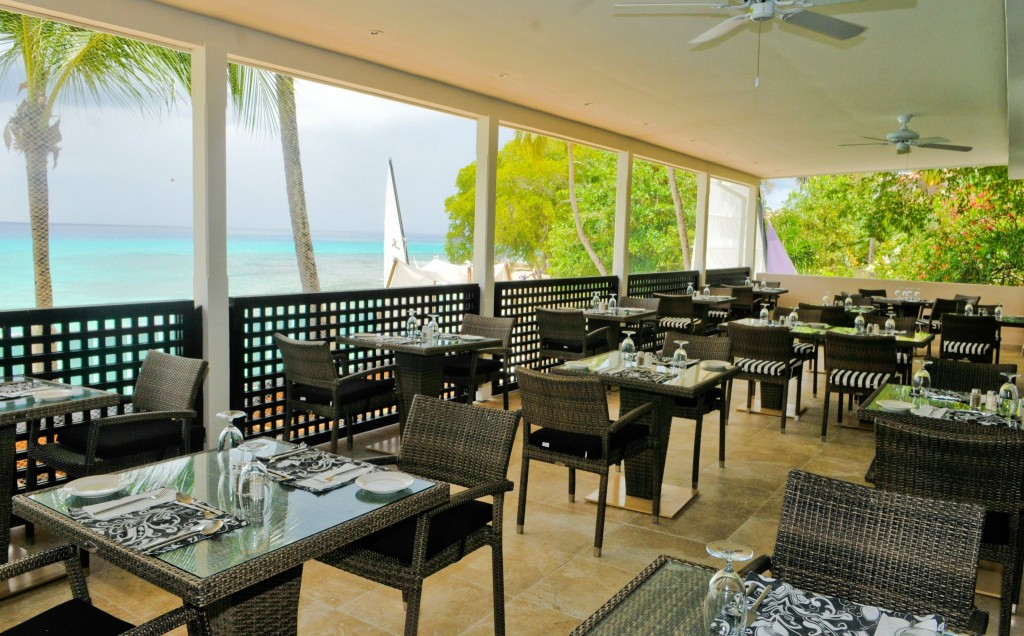 Waves Beach Resort Restaurant